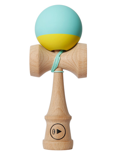 Play Grip II Kendama